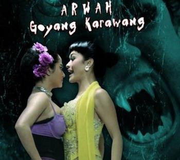 Meskipun sempat mengundang kontroversi, film yang dibintangi Dewi