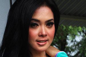Berita Foto Artis - 10 Fenomena Operasi Plastik Artis Indonesia