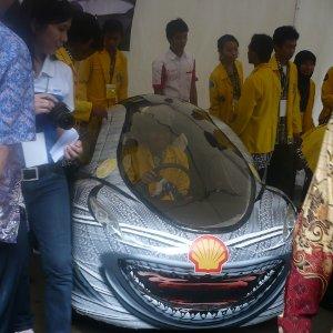 Mobil Teririt se-Asia Buatan INDONESIA