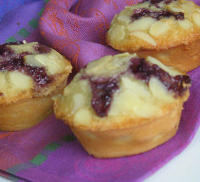 Kue Almond Blueberry