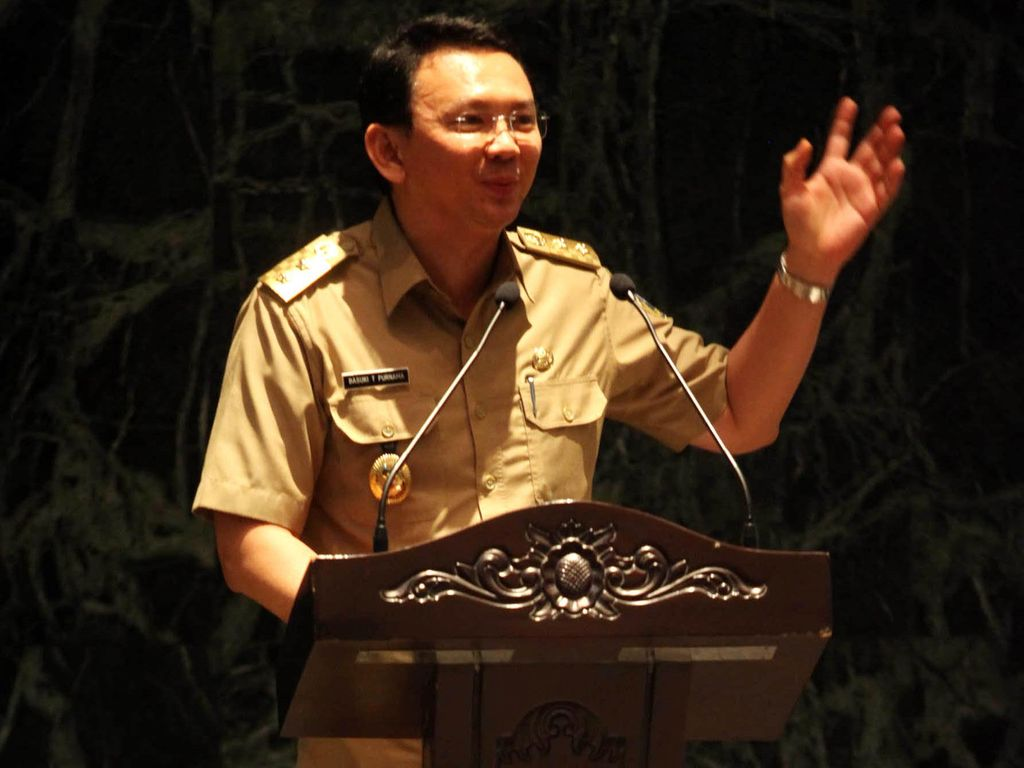 Ahok Mendapat Kiriman Bunga Ucapan Selamat Ulang Tahun dari Jokowi