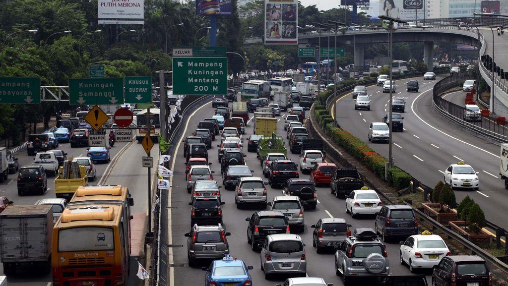Perbaikan Jalan Picu Macet 2 Km, Hindari Arteri Bitung-Tangerang