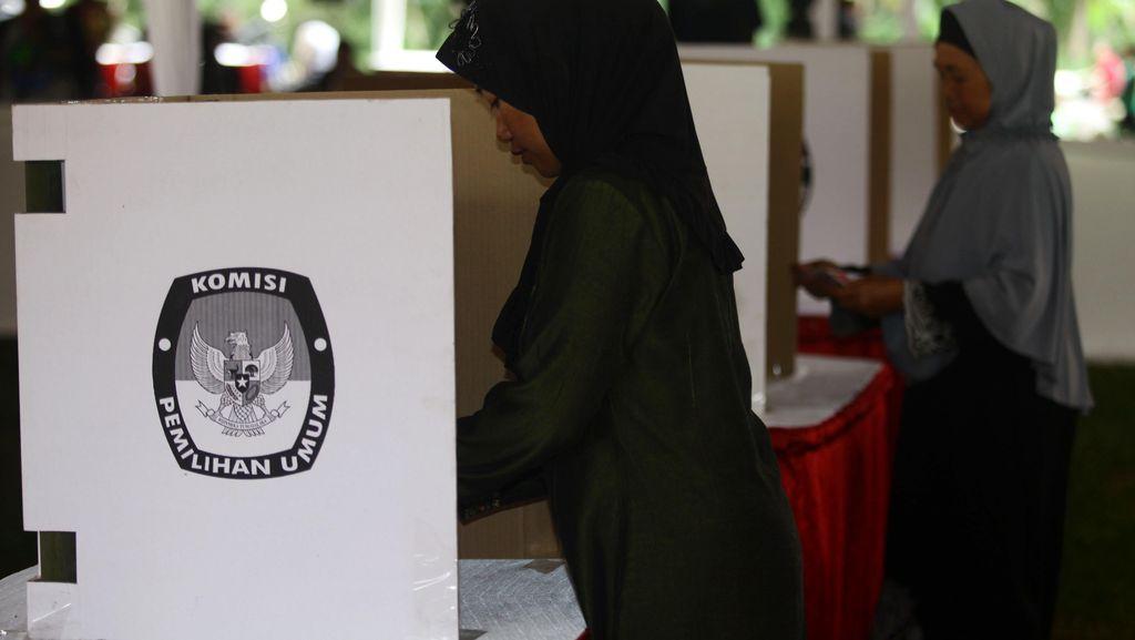 Survei BPS: Demokrasi Indonesia Membaik, Tapi Masih di Level Sedang