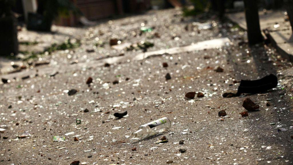Dua Kelompok Warga Terlibat Tawuran di Depan RS Budi Asih Cililitan