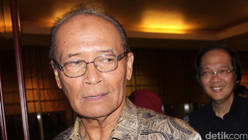 Buya Syafii: Reshuffle Hanya Akomodir Partai, Tak Optimal