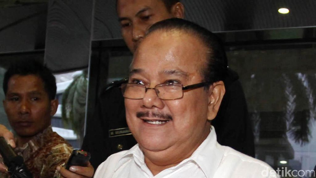 Zulkarnaen: Anggota DPR Terima Fee Ibadah Haji Lewat Orang Dekat Hasrul Azwar