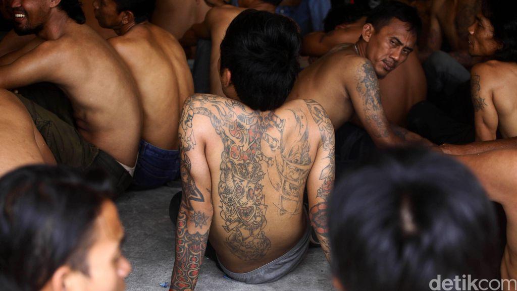 Polisi Tangkap 26 Jagoan Kampung Tambora yang Dianggap Meresahkan Warga