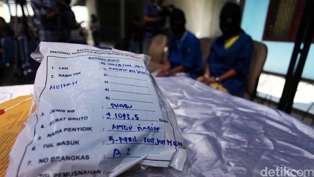 Polisi Tangkap 3 WN Malaysia Sindikat Narkoba Jaringan Internasional
