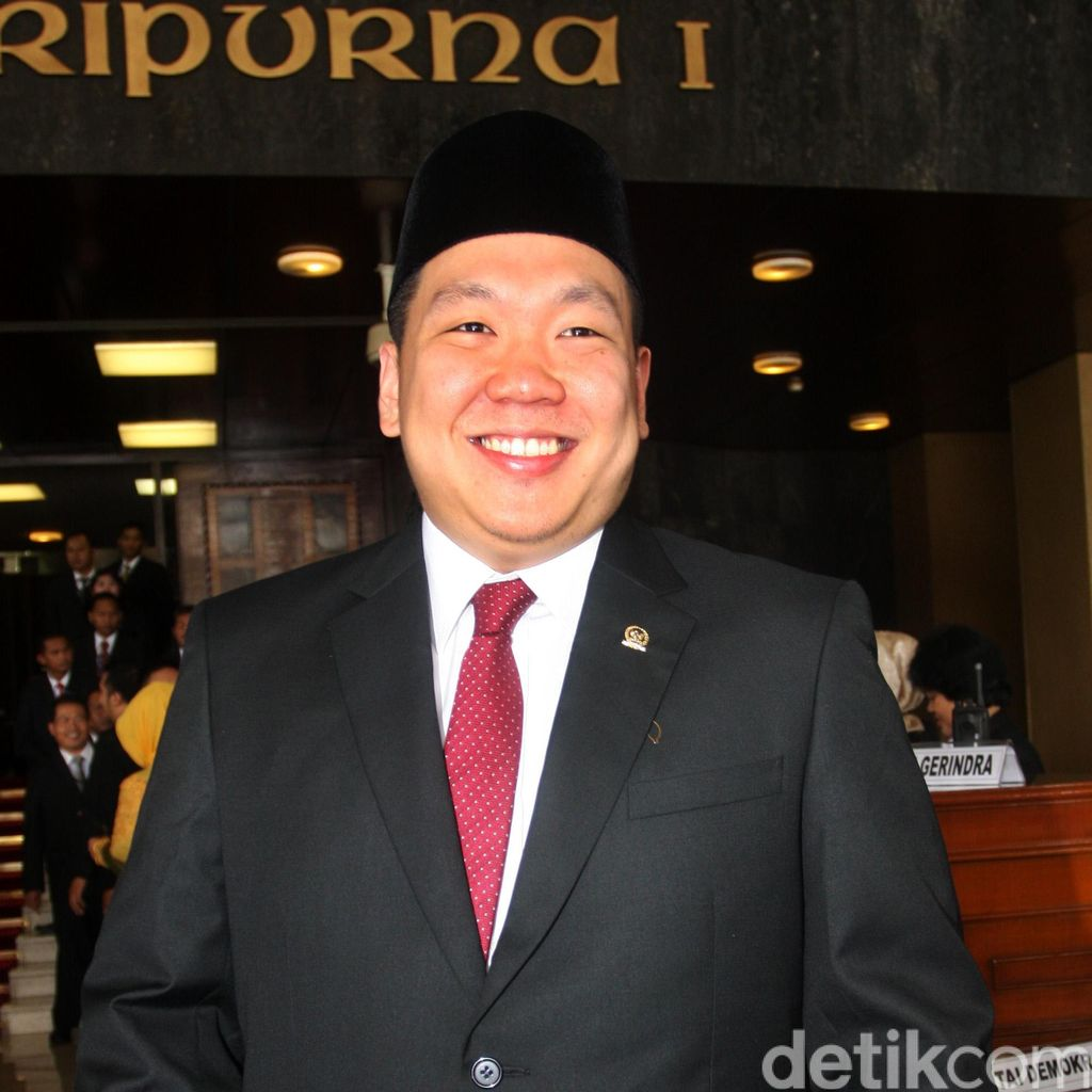 Anggota Komisi I Kritik Pertemuan dengan Trump: Pimpinan DPR Ngawur!