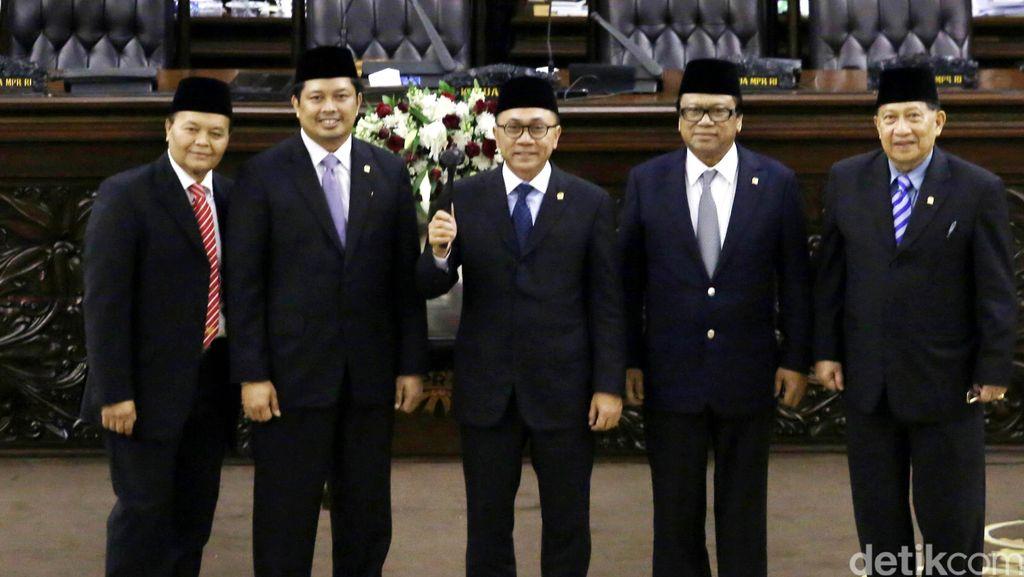 Rapat di Bali, Ini Rekomendasi Pimpinan MPR  untuk Jokowi