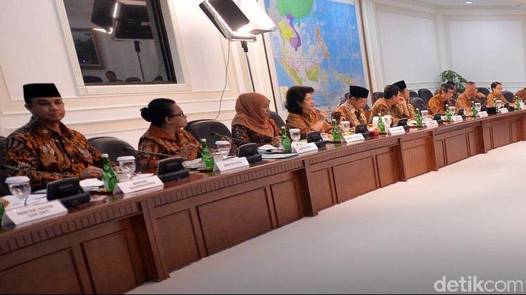 Menteri Dilarang Keluar Jakarta, Terkait Rapat Kabinet Atau Reshuffle?