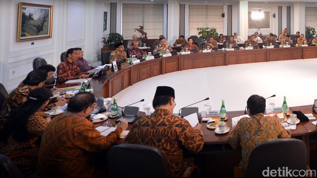 Sinyal Reshuffle, Menteri Kabinet Kerja Harus di Jakarta Pekan Ini?