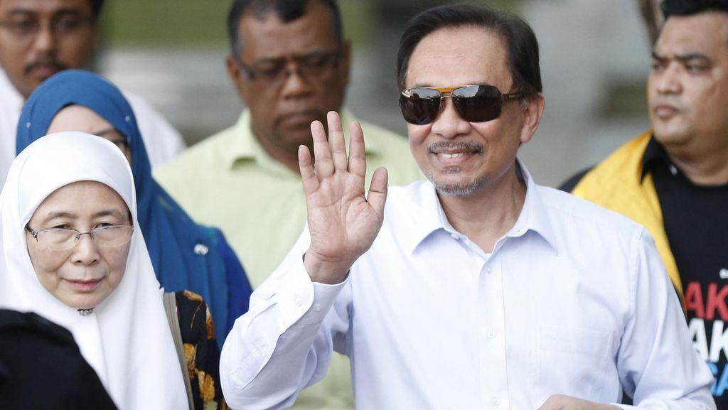 Keluarga Berharap Anwar Ibrahim Segera Dibebaskan