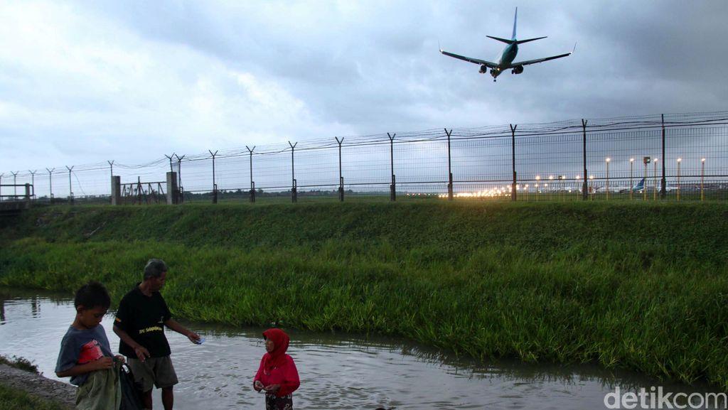 Ironi Bandara di Indonesia, Dipakai Mesum Hingga Diblokir Satpol PP