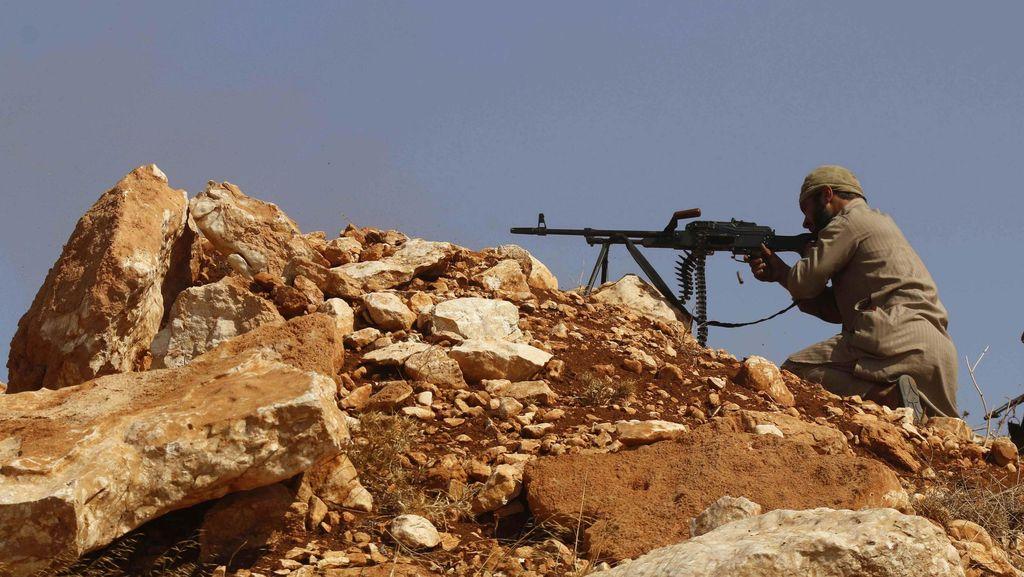 Jet Tempur Suriah Jatuh di Pasar, 12 Orang Tewas