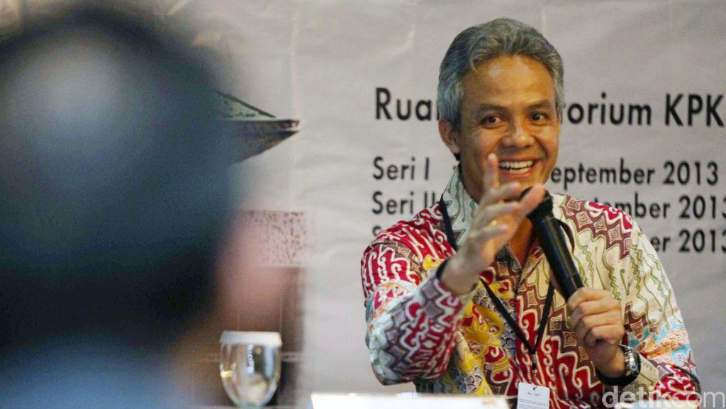 Ganjar Pranowo Ingin Alumni UGM Ikut Serta Berkontribusi Bagi Bangsa