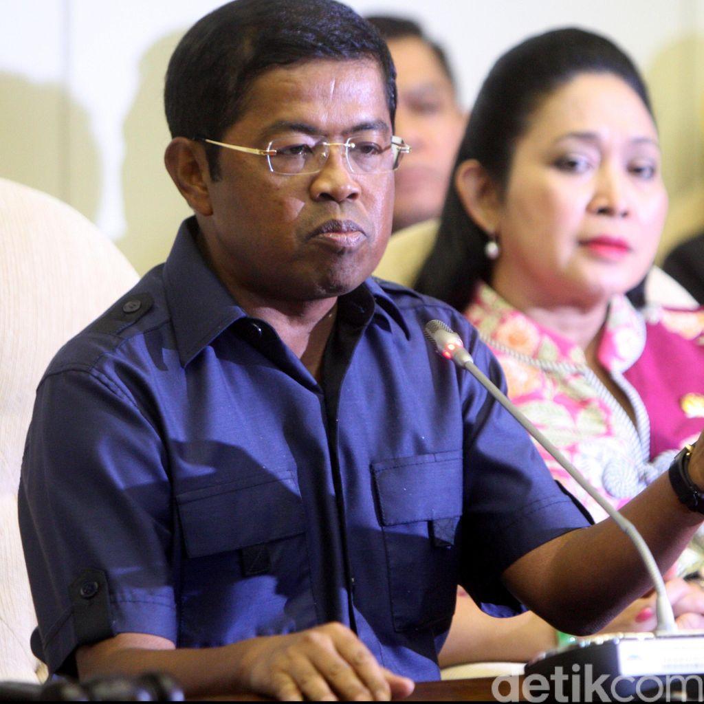 Sekjen Golkar: Spanduk Jokowi-Novanto Ingin Rusak Citra Partai, Sudah Kami Sita