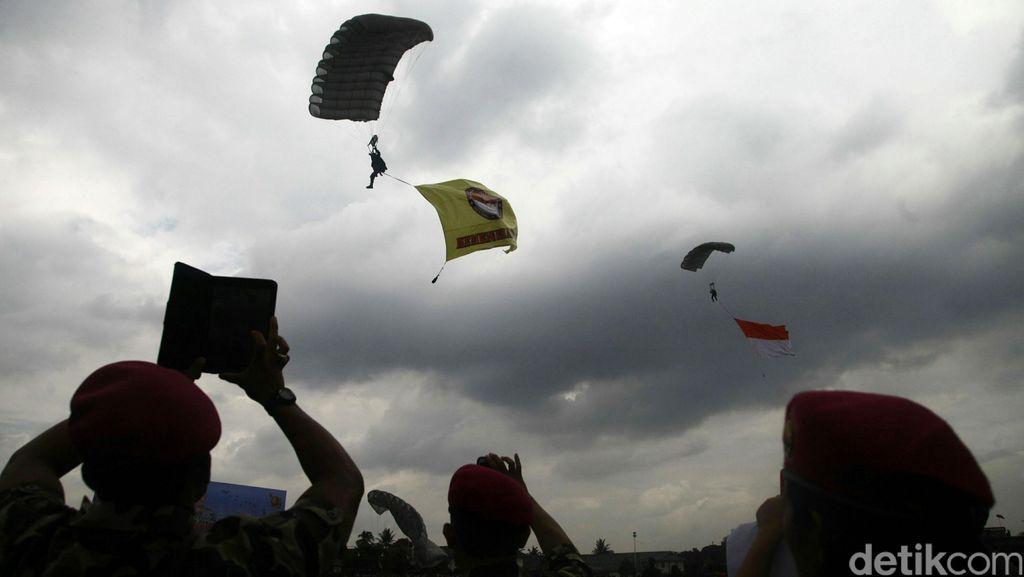 Komandan Korps Marinir Diminta Tindak Tegas Anak Buahnya yang Pukul Bocah