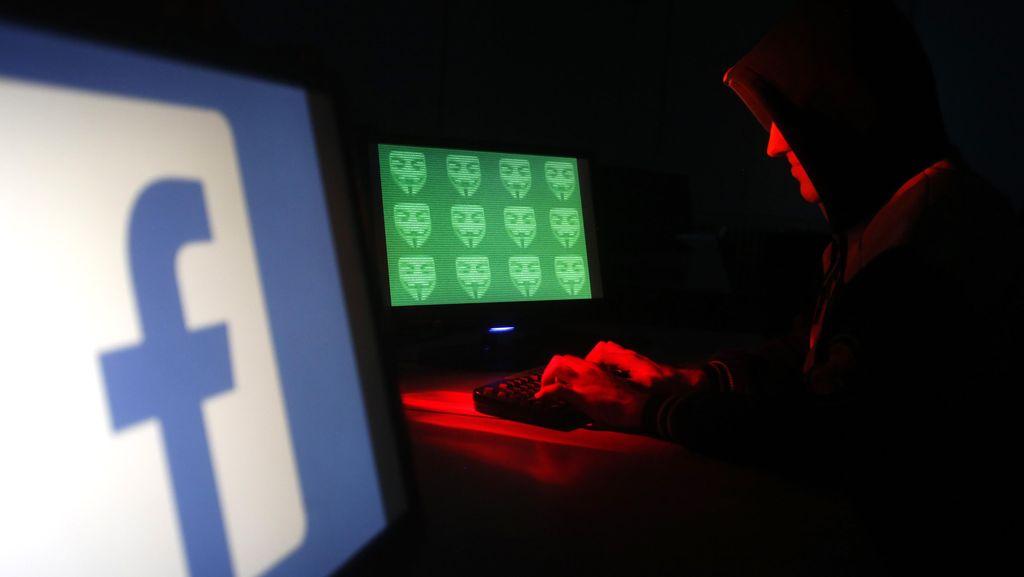 Kemen LHK Telusuri Pemuda yang Posting Foto Bareng Kepala Beruang di FB