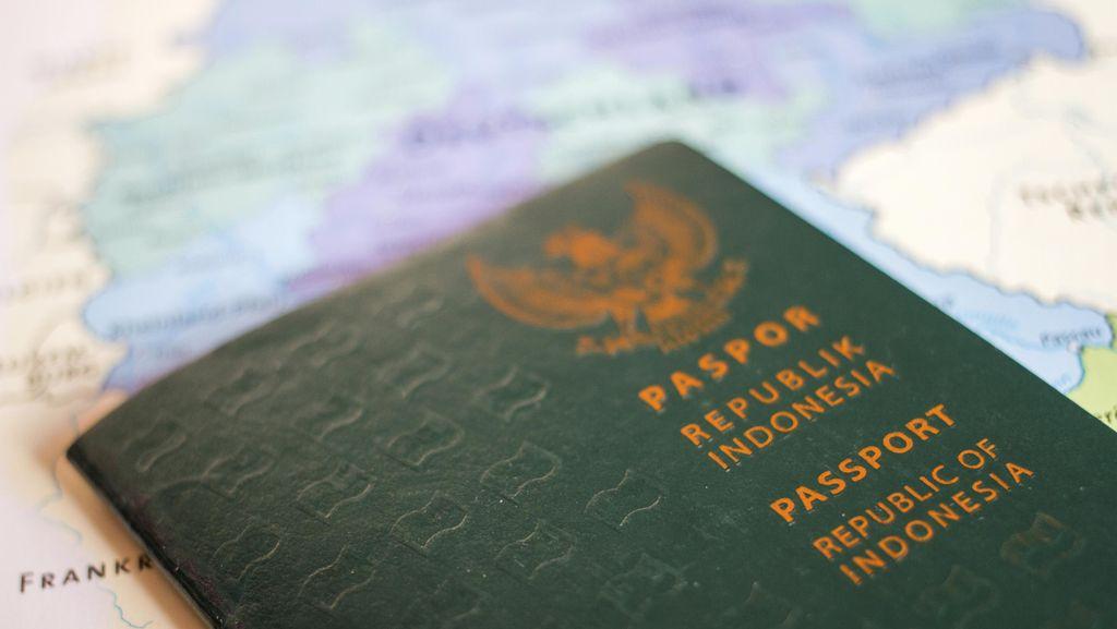 Ini Penjelasan Imigrasi Soal Pesan Berantai Paspor Sehari Jadi