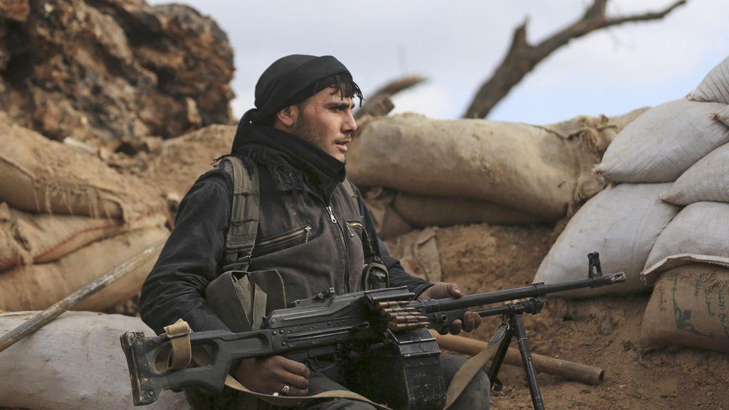 Hanya 60 Pemberontak Suriah yang Dilatih AS Untuk Perangi ISIS