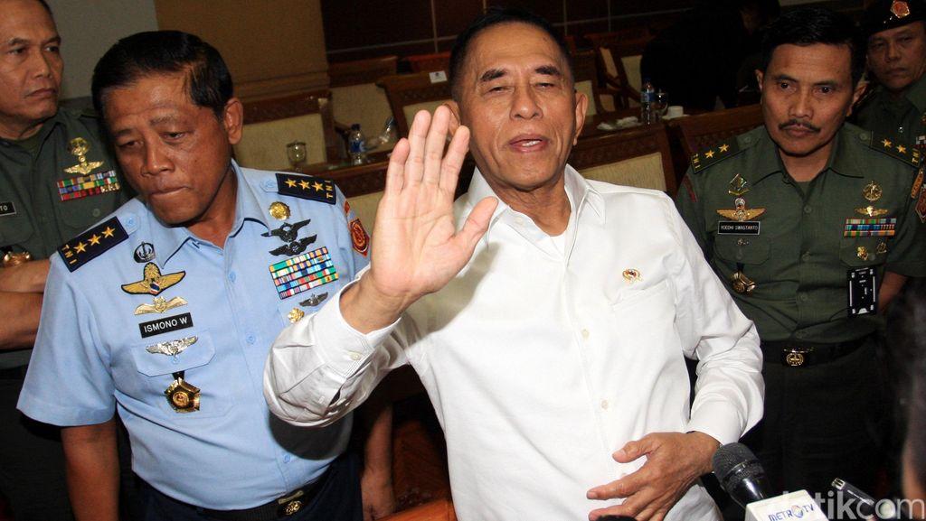 Pesan Menhan pada Prajurit TNI: Baik-baik dengan Rakyat!