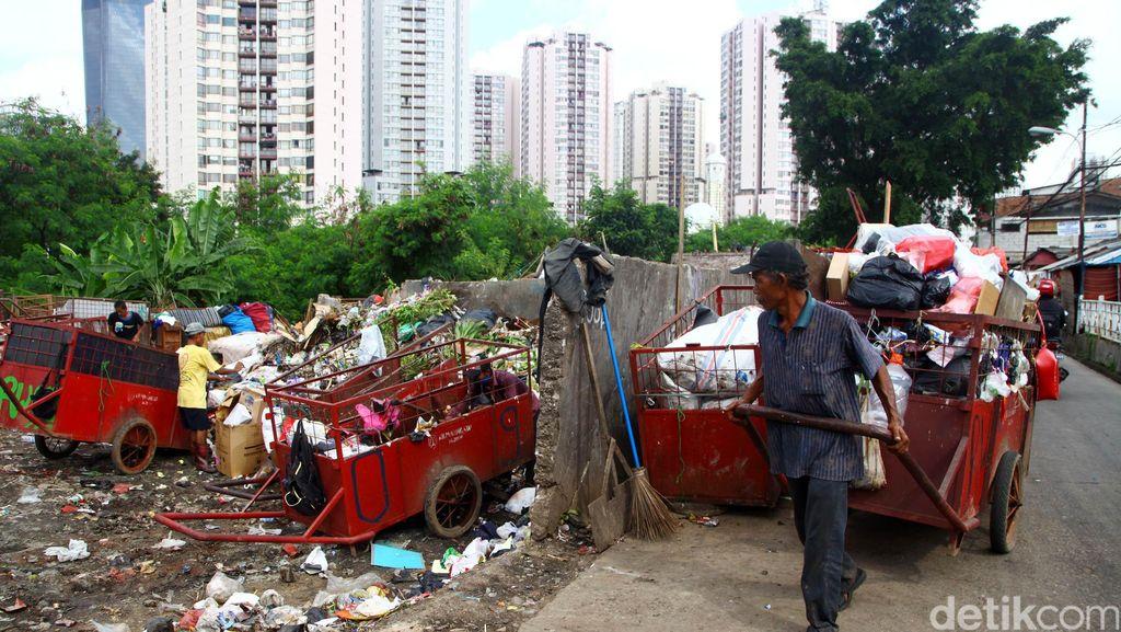 Banyak Pedagang Musiman, Sampah di Banda Aceh Naik 15 Ton Selama Ramadan