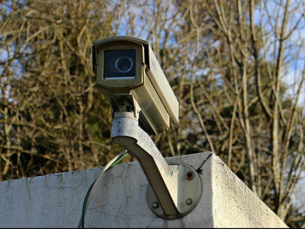 Ulah Tangan Jahil, 12 CCTV Milik Pemkot Bandung Rusak