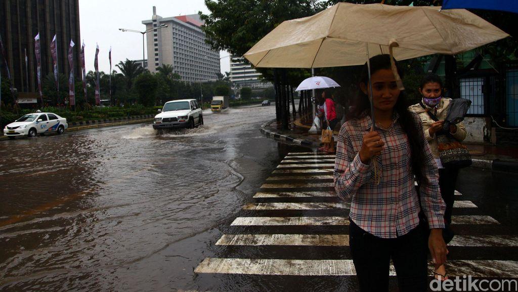 Menghadapi Banjir, Tata Air DKI Siapkan 119 Pompa Mobile