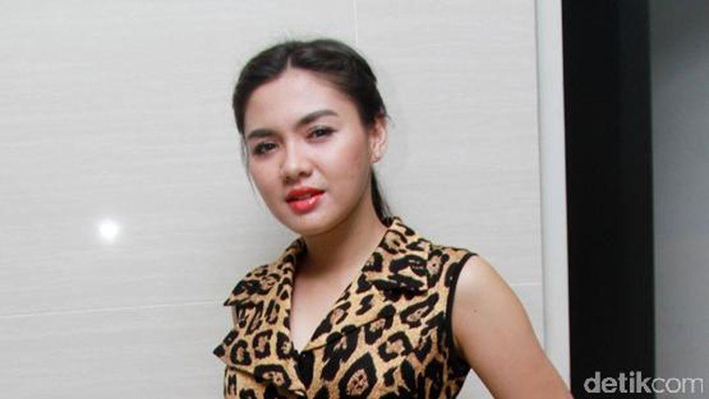 Susah Payah Bangun Image, Vicky Shu Kesal Dicap Murahan