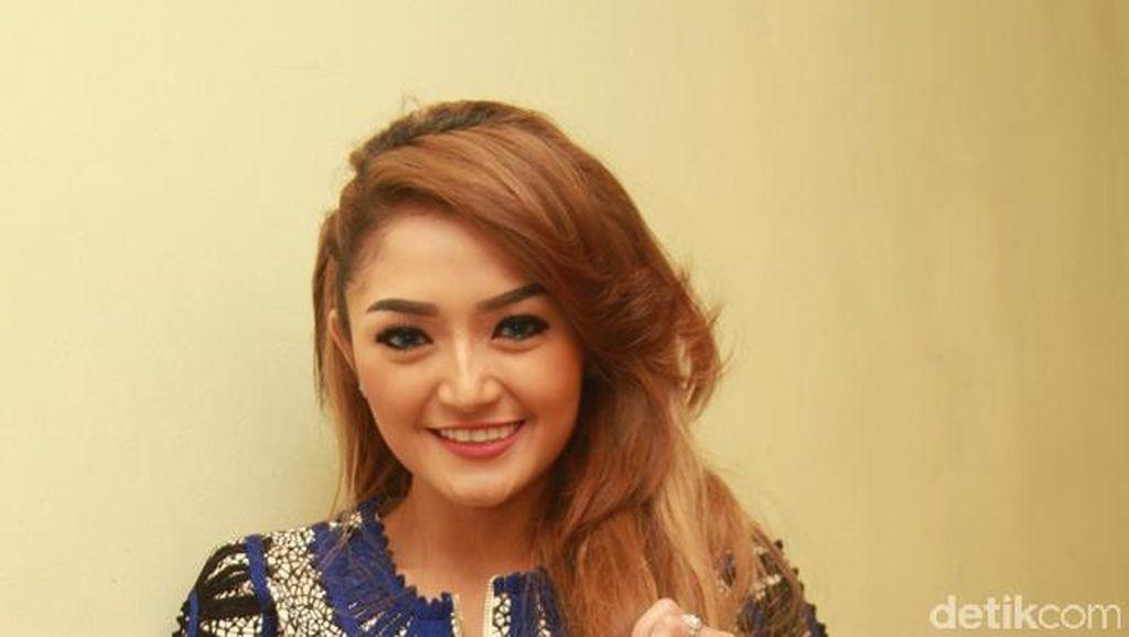 Laris Manis! Siti Badriah Sering Diajak Nikah