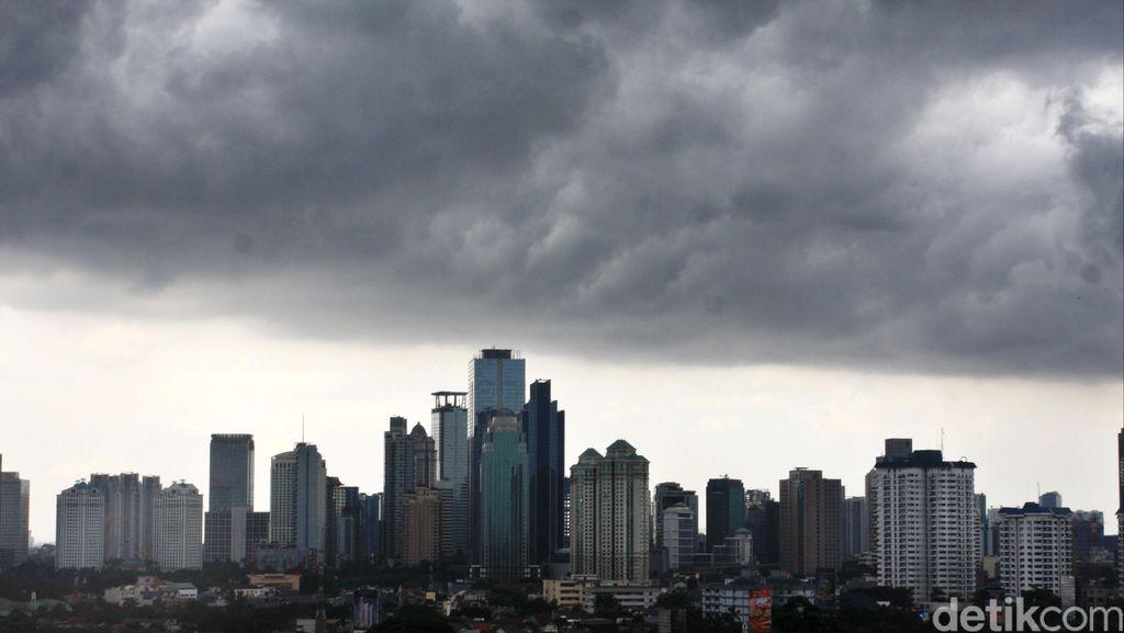 BMKG: Cuaca Jakarta Hari Ini Berawan Hingga Hujan Ringan