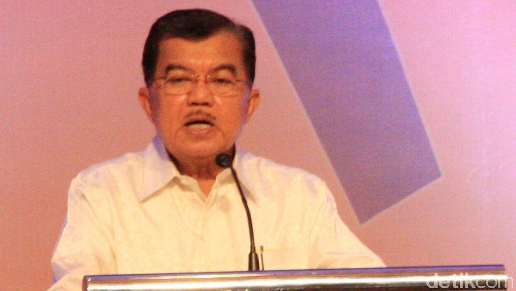 JK Duduk Bersebelahan dengan Prabowo di Acara Buka Puasa Ical