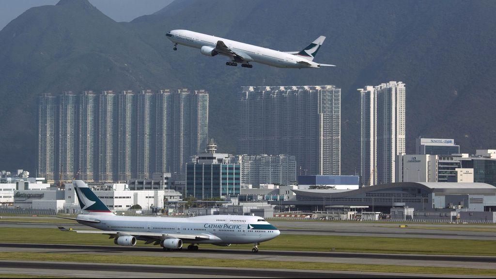 Muncul Asap di Kabin, Cathay Pacific Mendarat Darurat di Alaska