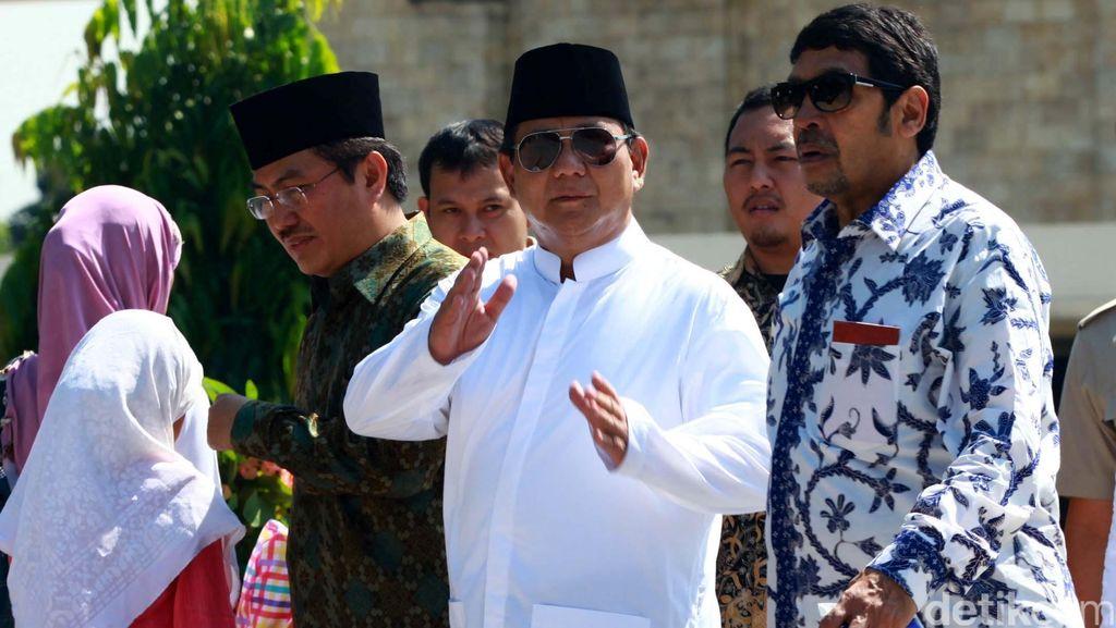 Jenguk SDA di Rutan Guntur, Prabowo Ditemani Ical dan Amien Rais