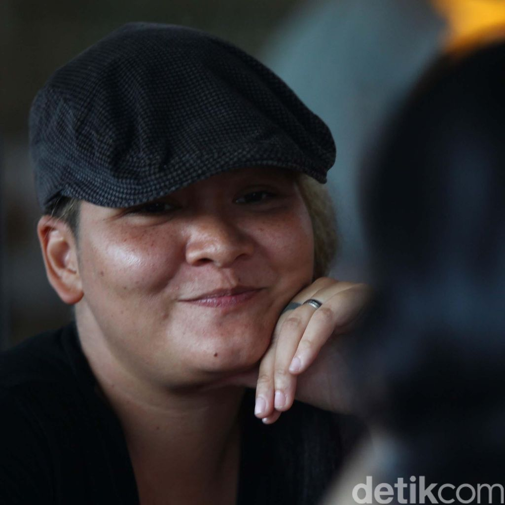 Gugat Cerai Suami, Melanie Subono Jalani Sidang Perdana 29 Agustus