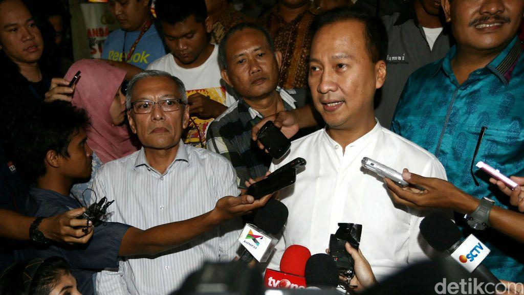 Gagasan Sekolah Parlemen yang Dilempar Ketua DPR Dikritik