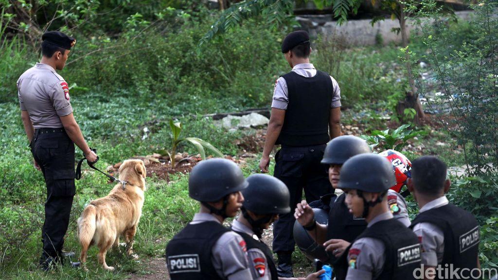 Polisi Cek Benda yang Meledak dan Tewaskan 2 Warga di Makassar