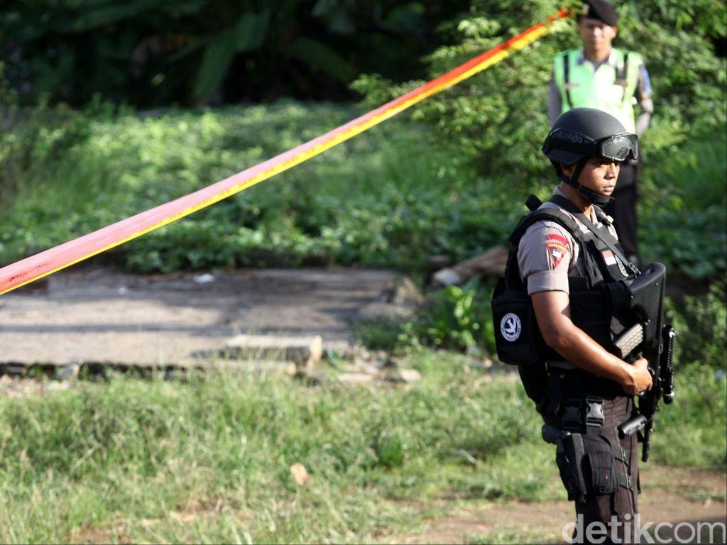 Polisi Amankan Benda Diduga Bom di Depan Rumah Warga Bogor