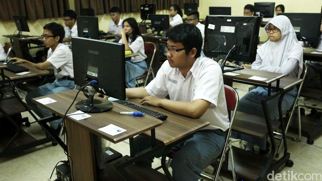 Mendikbud: Pelaksanaan UN Berbasis Komputer Meningkat Drastis Dalam Setahun