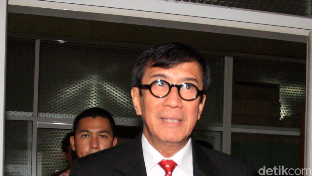 Temui Kepala BNN, Menteri Yasonna Ingin Pecandu Narkoba Direhabilitasi