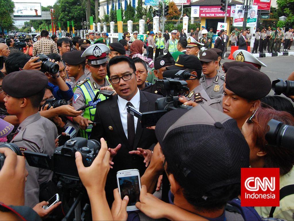 Ridwan Kamil Akan Bantu Persib Bisa Gunakan Stadion Gedebage