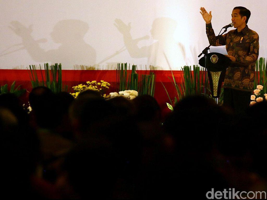 Jokowi Sampaikan Belasungkawa Atas Jatuhnya Hercules: Utamakan Evakuasi Korban
