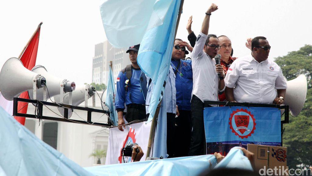 Menaker Hanif: Yang Kena PHK dan Resign Nantinya Bisa Cairkan JHT