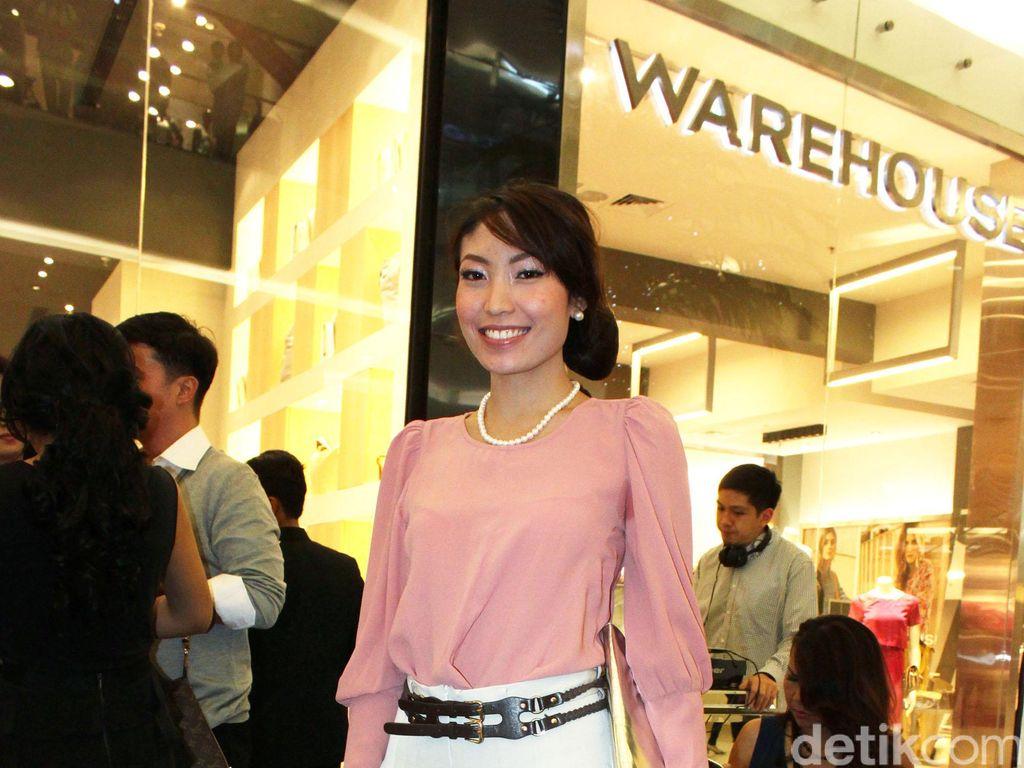 Soal Tambah Momongan, Ayu Dewi: Saya Tunggu Diisi Ulang!