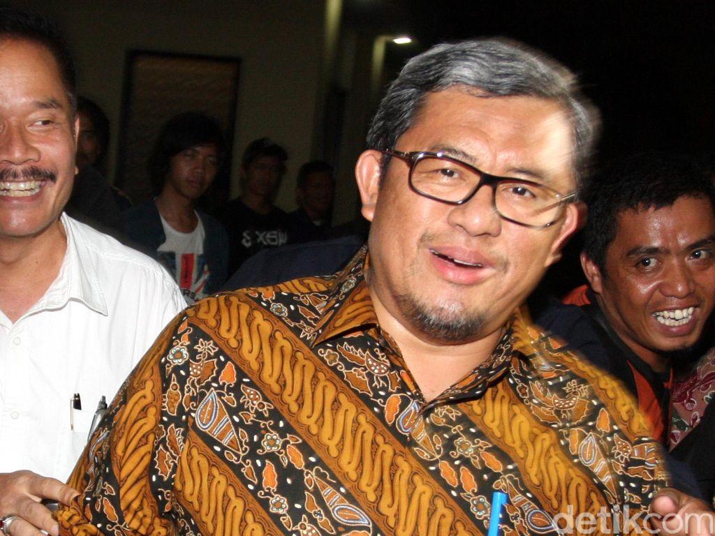 Gubernur Jabar Ahmad Heryawan Muncul di Kantor NasDem, Ada Apa?