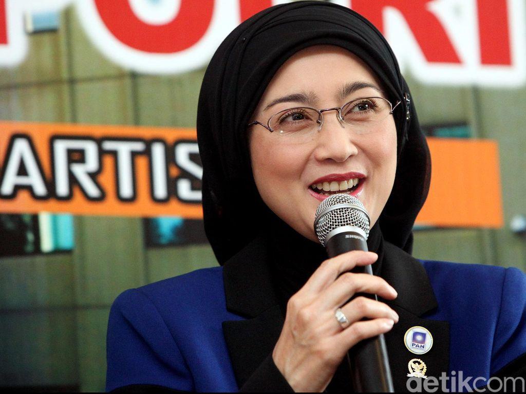 Terpilih Menjadi Ketua Pansus RUU Merek, Desy Si Tenda Biru Siap Ngebut