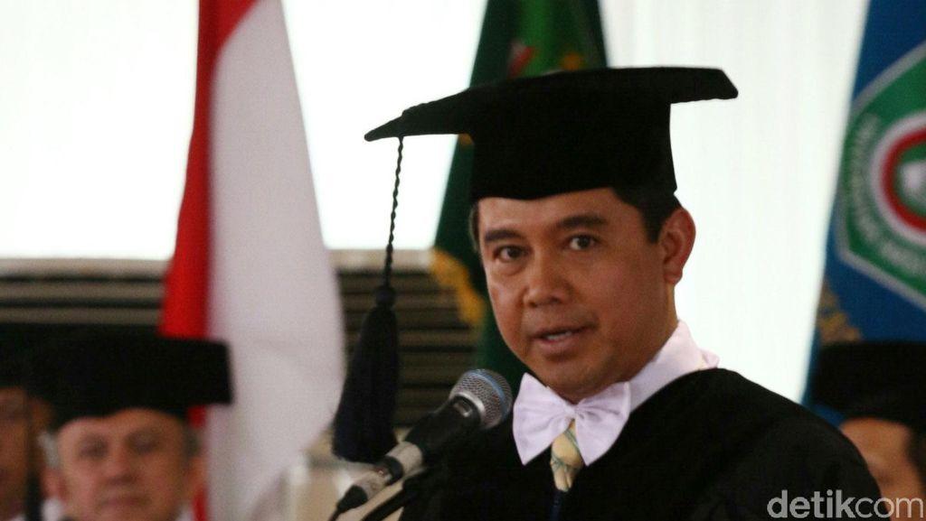 Berubah Sikap, Menteri Yuddy Kini Melarang PNS Mudik Pakai Mobil Dinas