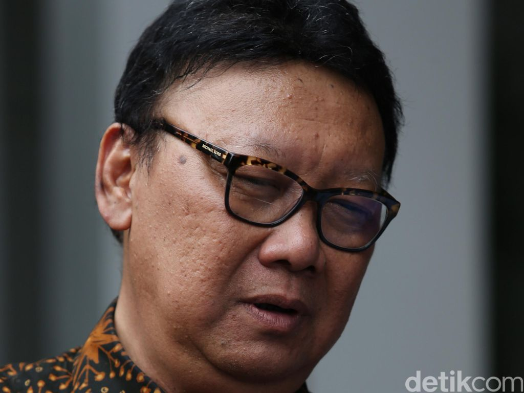 Tjahjo: Demi Jokowi Saya Harus Berani Ungkap Siapa Kawan Siapa Lawan
