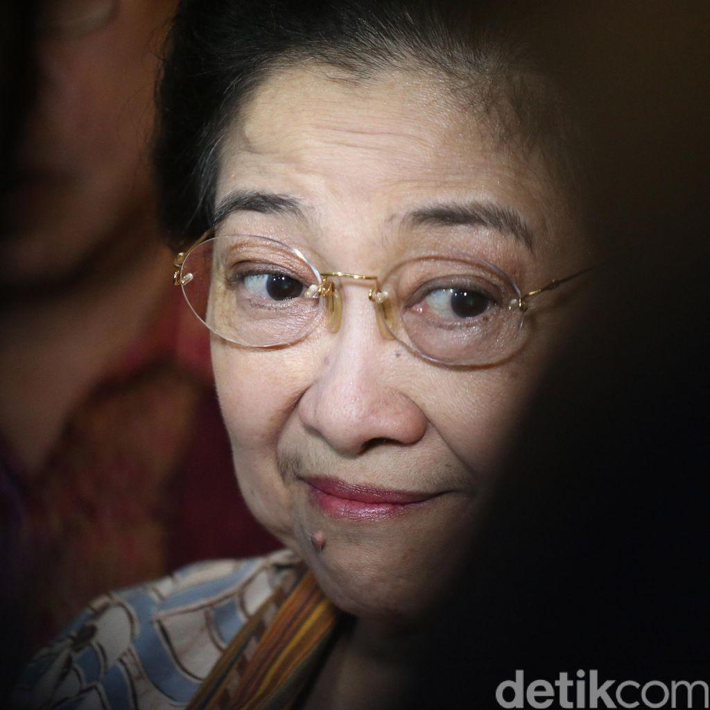 Disambut Spanduk Presiden, Sebenarnya Apa Tujuan Megawati ke Korsel?